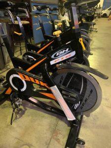 Bicicleta de spinning reacondicionada BH