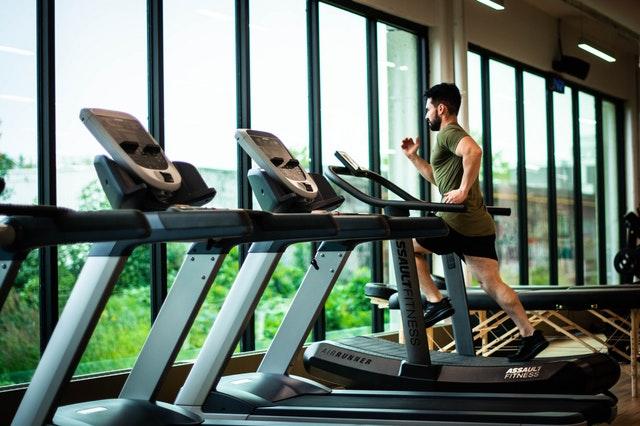 Bajar de peso entrenando antes del desayuno