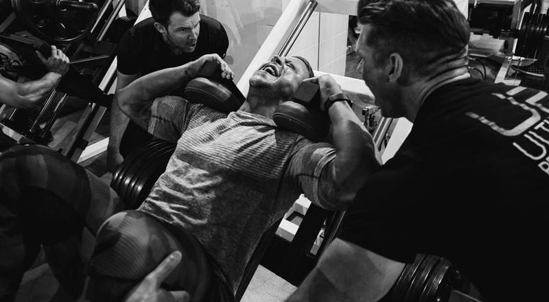 Rutina de ejercicios para piernas y glúteos hombres y mujeres