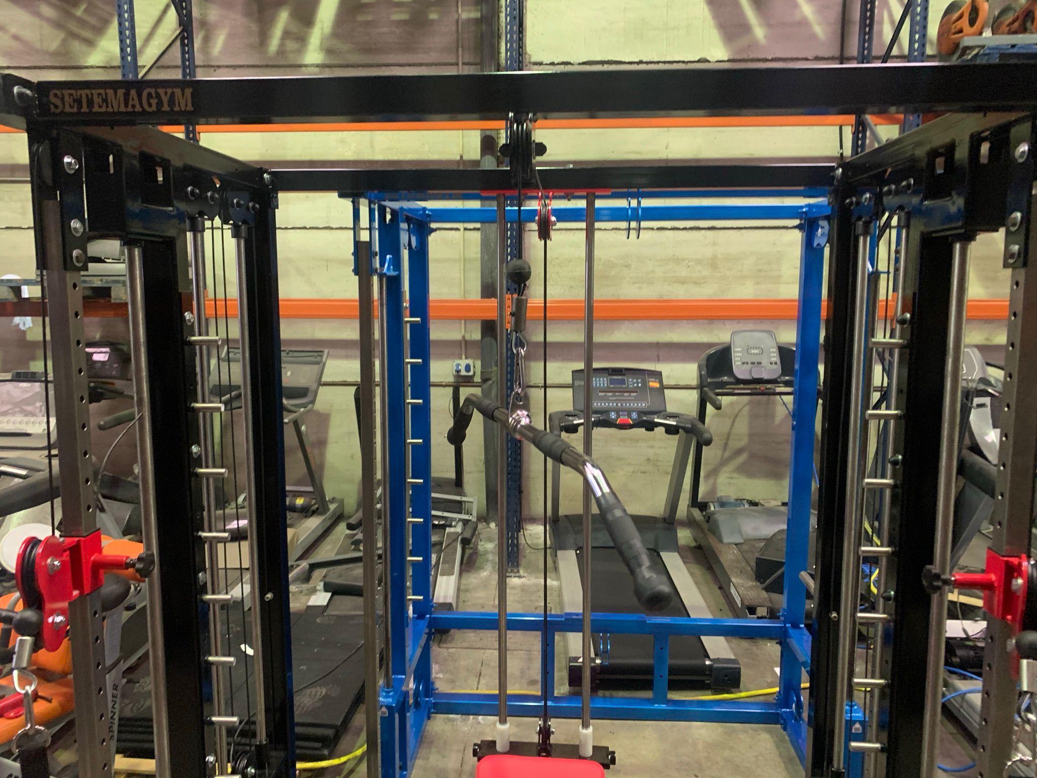 Fabricación jaulas multifunción para gimnasios