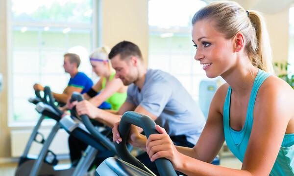 Ciclismo en el gimnasio beneficios para la salud